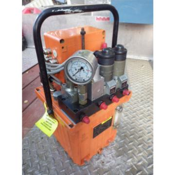 CARR-LANE/ROMHELD SwiftSure Dual output Hydraulic Pump Pt#CLR901-EP w/Handle