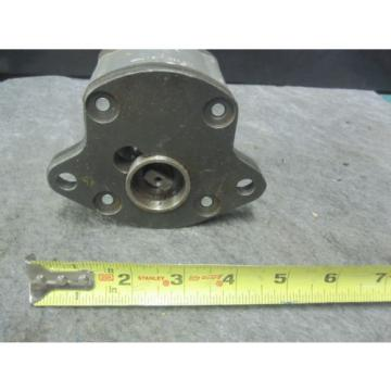 NEW BOSCH GEAR PUMP 1517222834 # 1 517 222 834