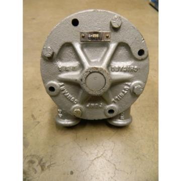 "TUTHILL 3CS-N HYDRAULIC LUBE CIRCULATION GEAR PUMP 3/4"" SHAFT DIAMETER 3/4"" NPT"