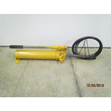Enerpac P-80 HydraulicHand Pump With Hose and Coupler 6' Hose