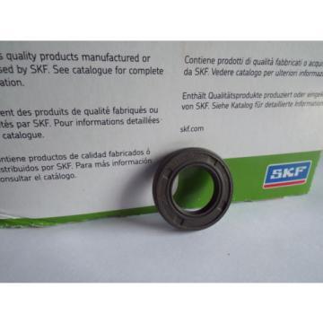 Oil Seal SKF 17x29x5mm Double Lip R23/TC
